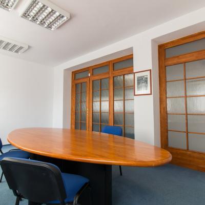 Nezariadený kancelársky priestor na 3. nadzemnom podlaží.